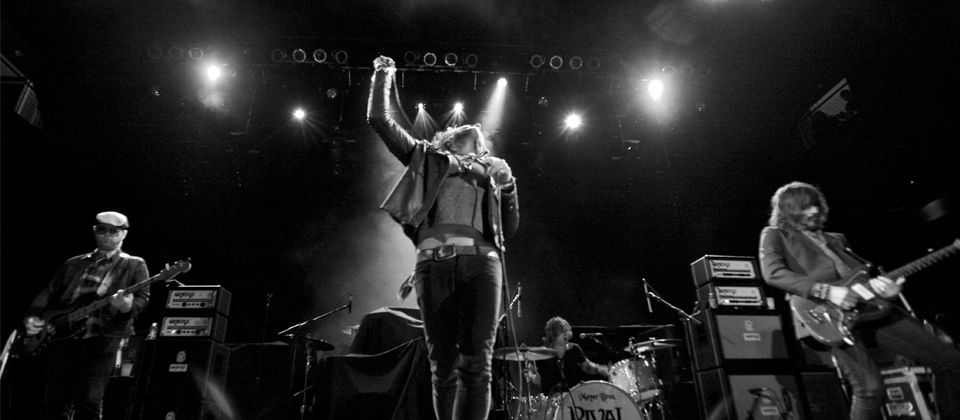 Rival Sons – Tres Soul  by Theresa Picciotti – (Head Down)